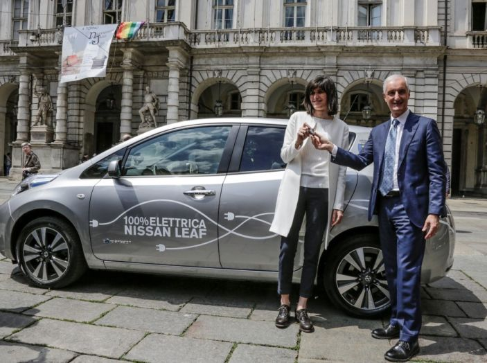 Espansione elettrica: una Nissan Leaf per il Sindaco di Torino - Foto 3 di 17