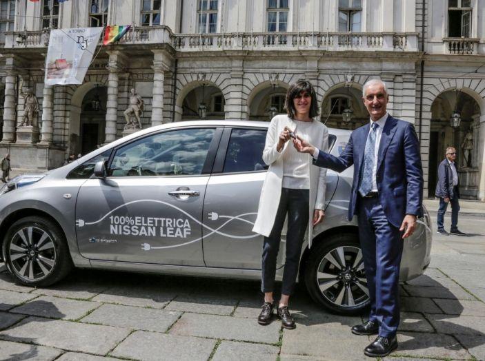 Espansione elettrica: una Nissan Leaf per il Sindaco di Torino - Foto 10 di 17
