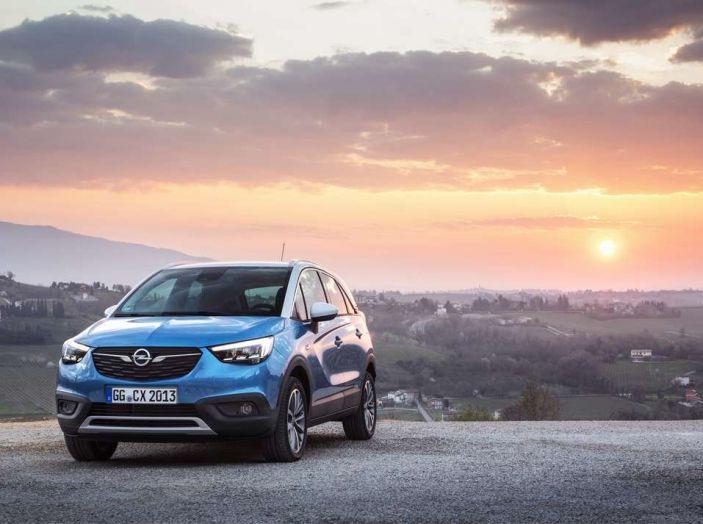Opel Crossland X, test drive e allestimenti del crossover tedesco - Foto 17 di 38