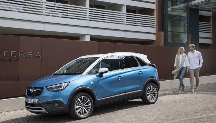 Opel Crossland X, prova su strada del nuovo SUV compatto - Foto 20 di 38