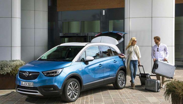 Opel Crossland X, test drive e allestimenti del crossover tedesco - Foto 21 di 38
