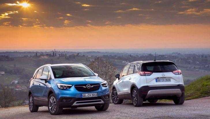 Opel Crossland X, prova su strada del nuovo SUV compatto - Foto 27 di 38
