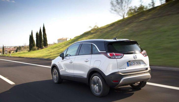 Opel Crossland X, prova su strada del nuovo SUV compatto - Foto 33 di 38