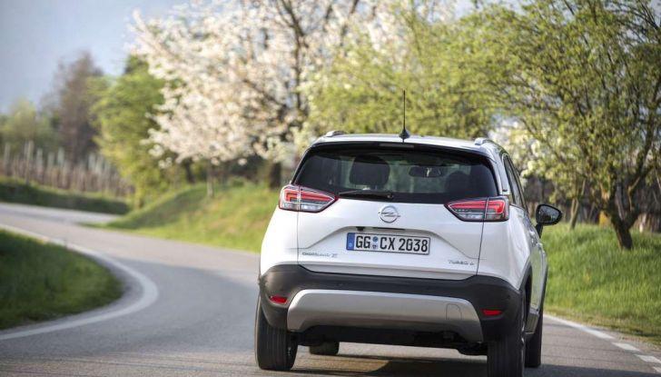 Opel Crossland X, test drive e allestimenti del crossover tedesco - Foto 34 di 38