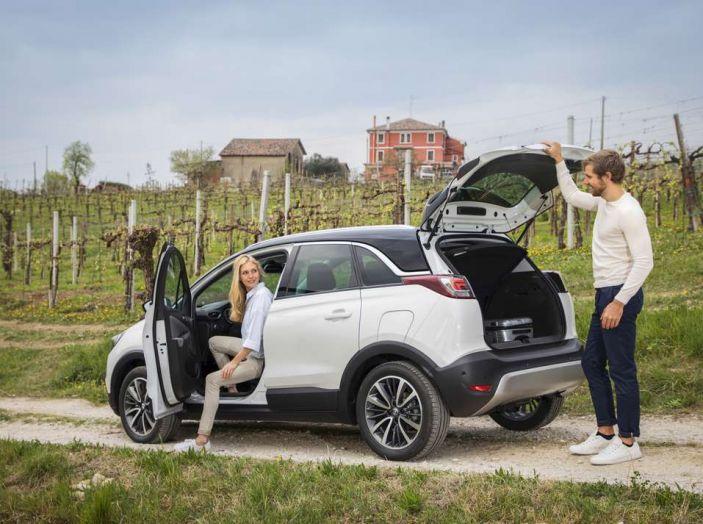 Opel Crossland X, prova su strada del nuovo SUV compatto - Foto 35 di 38