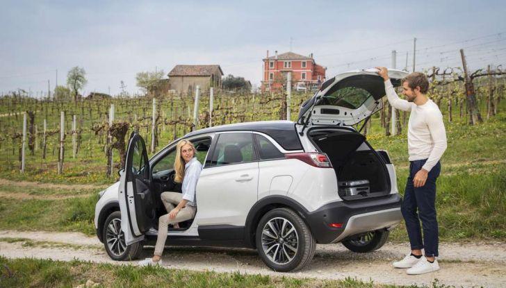 Opel Crossland X, test drive e allestimenti del crossover tedesco - Foto 35 di 38