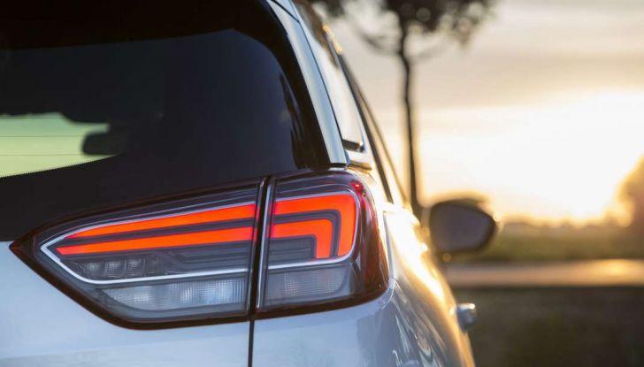 Opel Crossland X, test drive e allestimenti del crossover tedesco - Foto 36 di 38