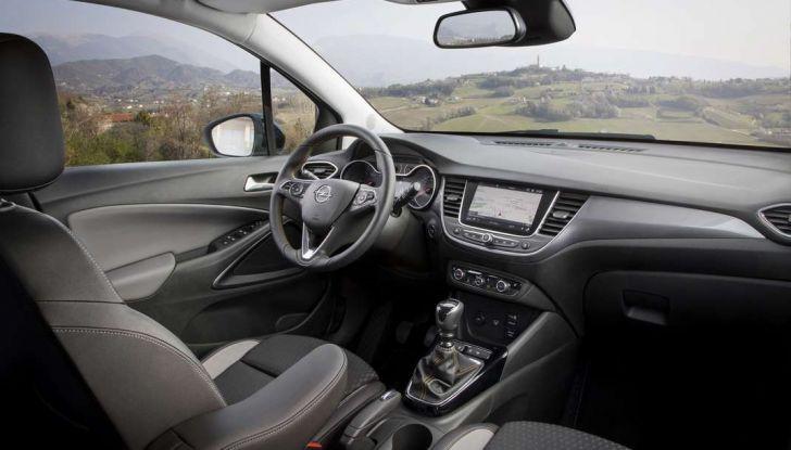Opel Crossland X, test drive e allestimenti del crossover tedesco - Foto 38 di 38