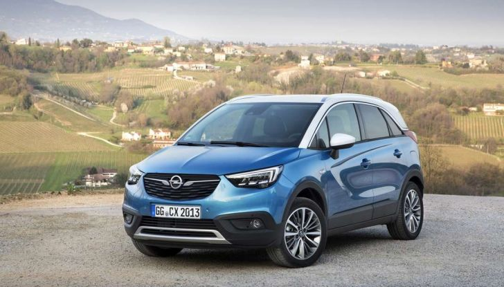 Opel Crossland X, test drive e allestimenti del crossover tedesco - Foto 9 di 38