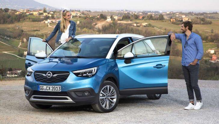 Opel Crossland X, test drive e allestimenti del crossover tedesco - Foto 10 di 38