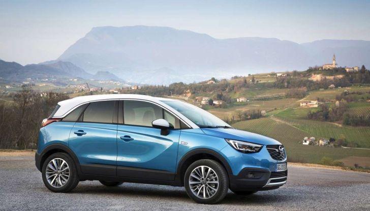 Opel Crossland X, prova su strada del nuovo SUV compatto - Foto 11 di 38