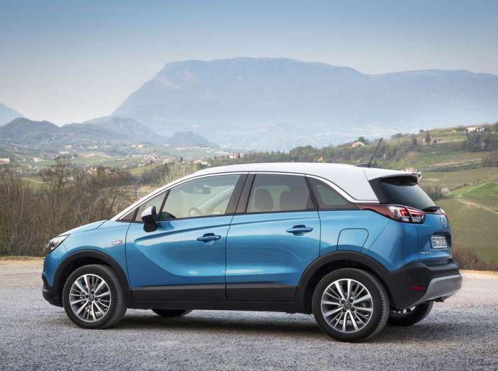 Opel Crossland X, prova su strada del nuovo SUV compatto - Foto 12 di 38