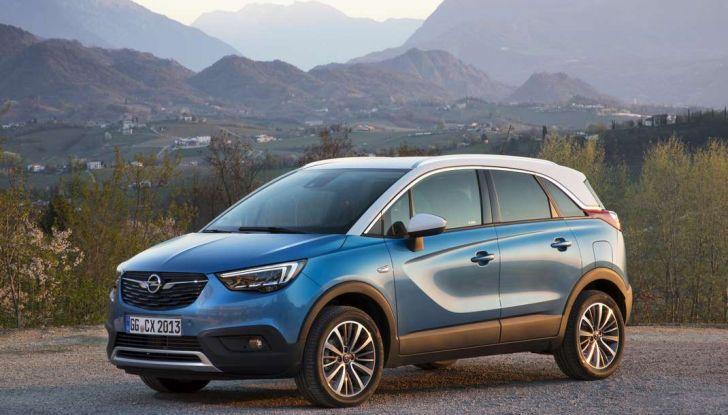 Opel Crossland X, prova su strada del nuovo SUV compatto - Foto 14 di 38