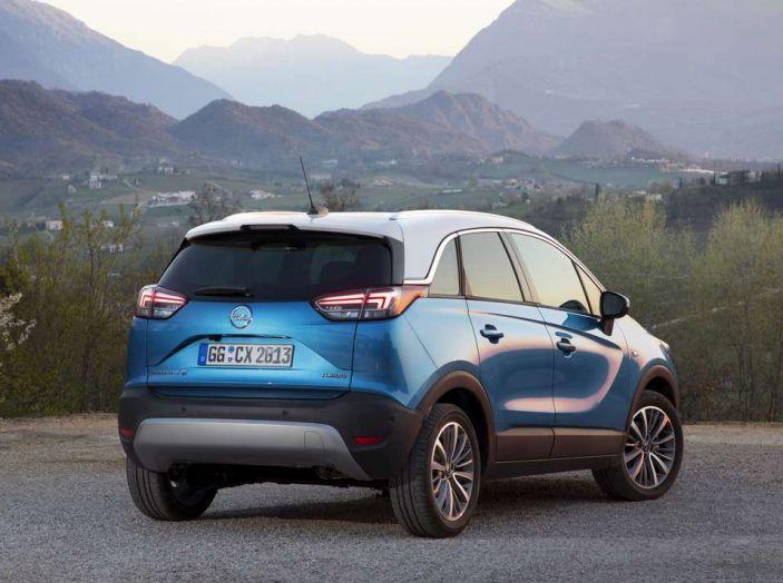 Opel Crossland X, prova su strada del nuovo SUV compatto - Foto 15 di 38