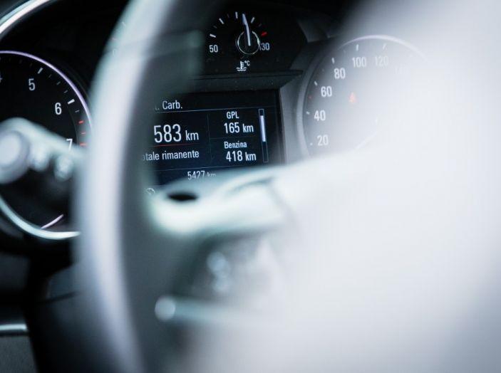 Prova su strada Opel Mokka X GPL: il SUV a tutto gas! - Foto 24 di 35