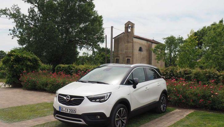 Opel Crossland X, test drive e allestimenti del crossover tedesco - Foto 6 di 38