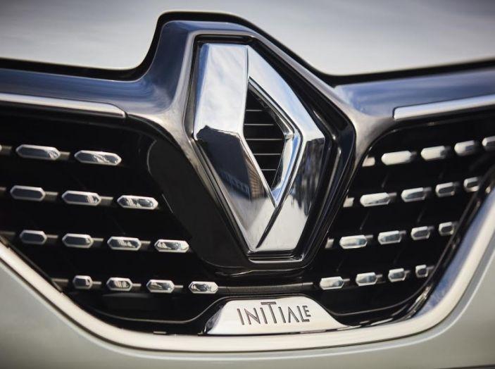 Renault Captur 2017: allestimenti più ricchi per il Crossover francese - Foto 6 di 9