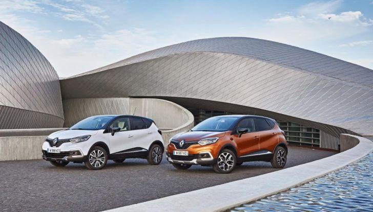 Renault Captur 2017: allestimenti più ricchi per il Crossover francese - Foto 7 di 9