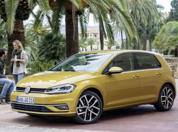Volkswagen Golf Sport, il nuovo allestimento sportivo - Foto 1 di 13