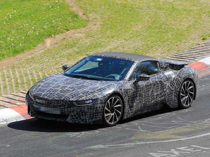 BMW i8 Spyder, prime immagini spia della cabrio tedesca - Foto 24 di 26