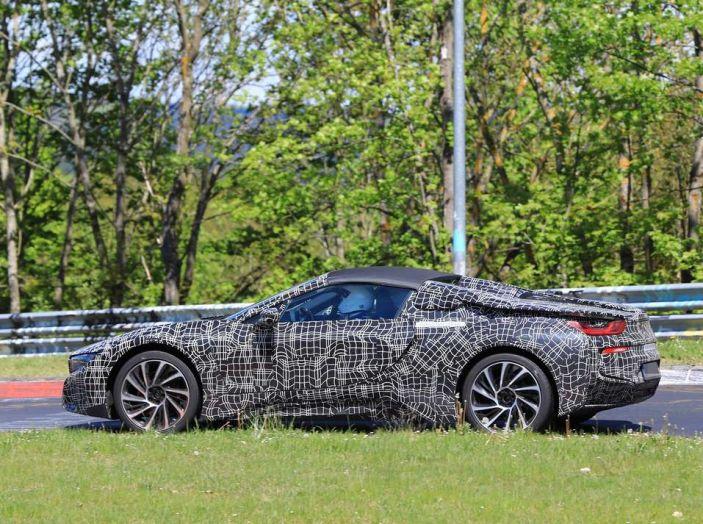 BMW i8 Spyder, prime immagini spia della cabrio tedesca - Foto 20 di 26