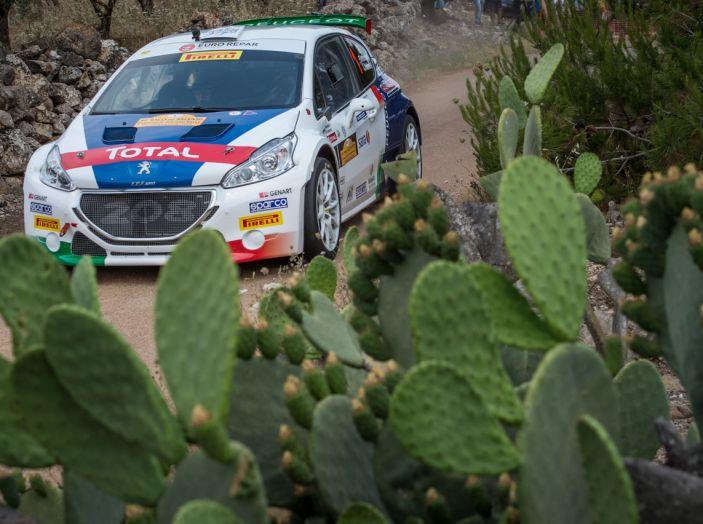 Dominio Peugeot al Rally del Salento - Foto 1 di 4