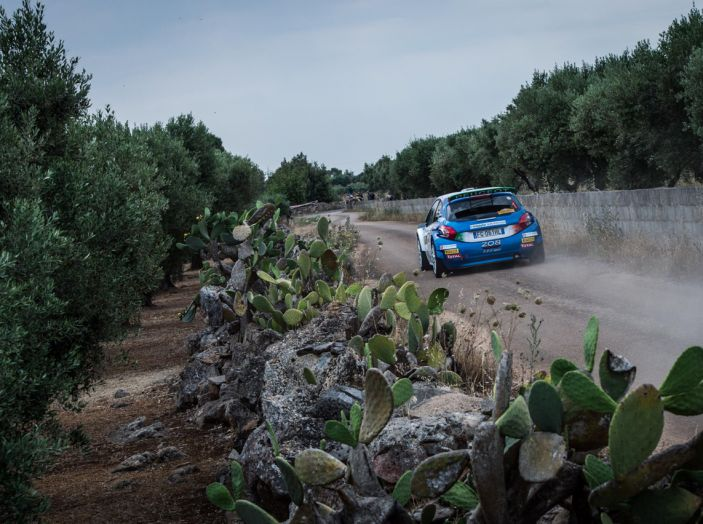 Dominio Peugeot al Rally del Salento - Foto 2 di 4