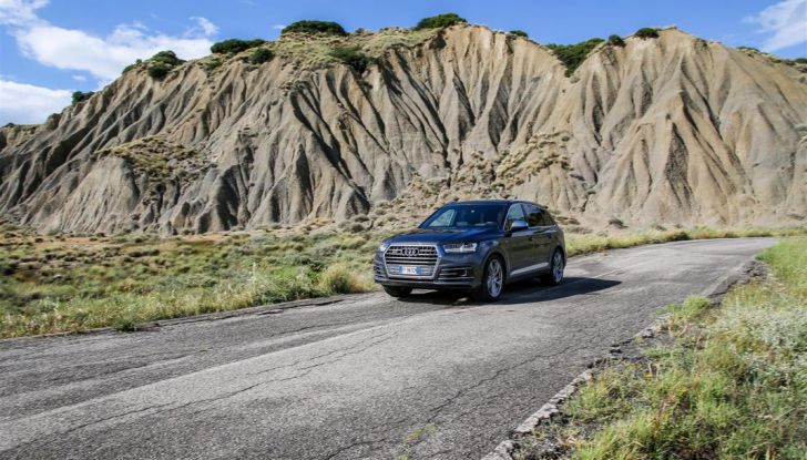 Audi Q: il nostro test dei SUV di Inglostadt in attesa di Q8, Q4 ed E-Tron - Foto 29 di 30