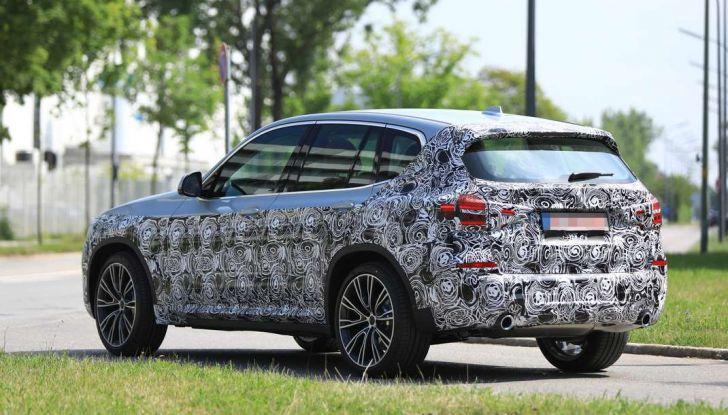 BMW X3 2018, dettagli della nuova generazione del SUV - Foto 2 di 13