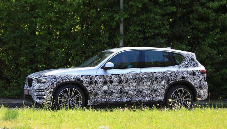 BMW X3 2018, dettagli della nuova generazione del SUV - Foto 11 di 13