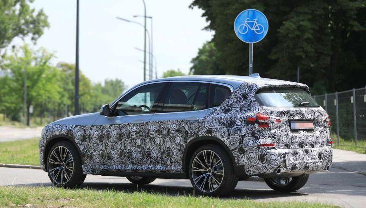 BMW X3 2018, dettagli della nuova generazione del SUV - Foto 13 di 13
