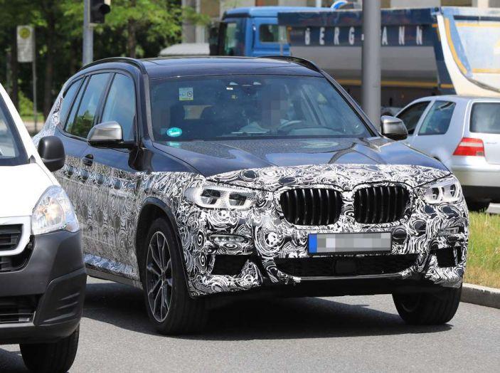 BMW X3 2018, dettagli della nuova generazione del SUV - Foto 3 di 13