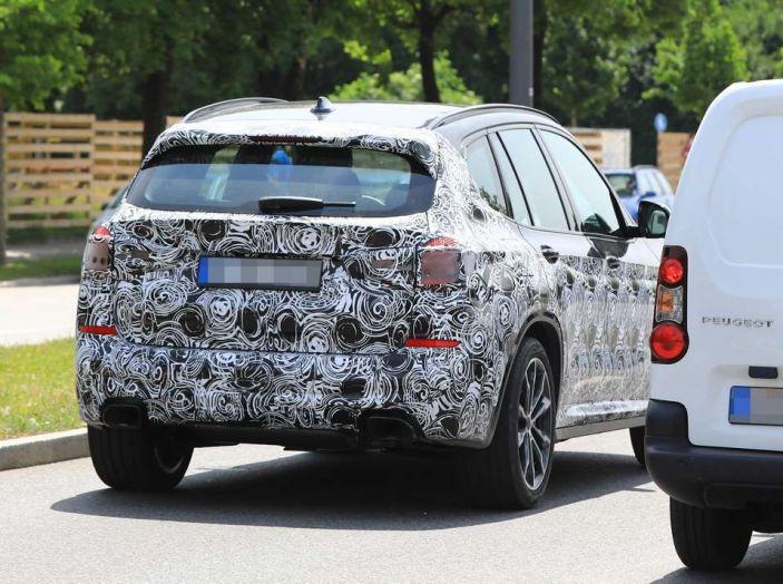 BMW X3 2018, dettagli della nuova generazione del SUV - Foto 9 di 13