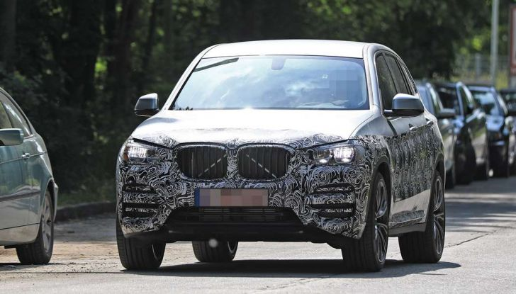 BMW X3 2018, dettagli della nuova generazione del SUV - Foto 10 di 13