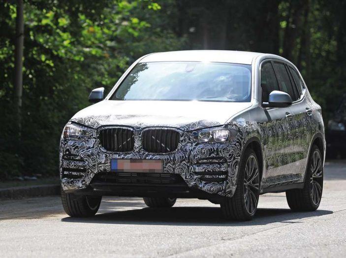 BMW X3 2018, dettagli della nuova generazione del SUV - Foto 6 di 13