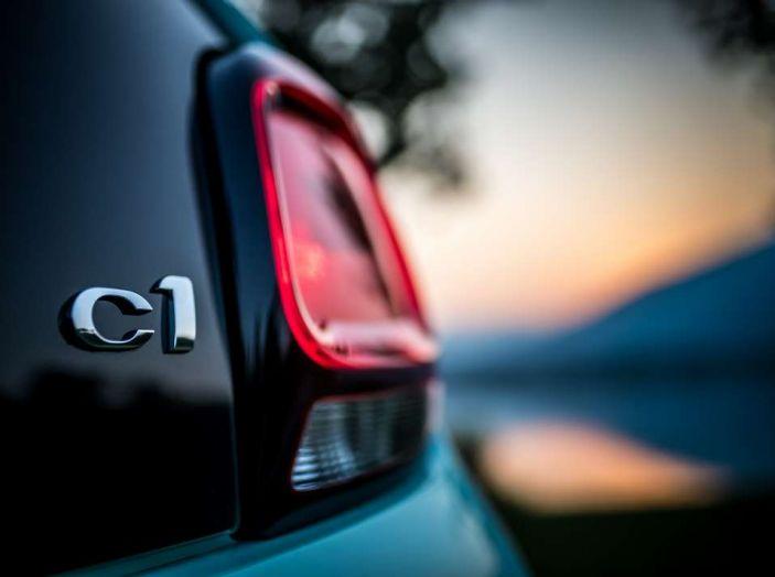 Citroën C1 Pacific Edition serie speciale per l'estate - Foto 6 di 17