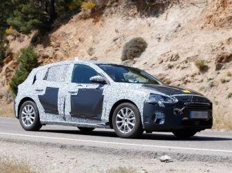 Ford Focus 2018, prime foto spia della quarta generazione