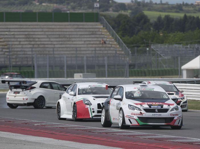 Peugeot 308 Racing Cup regina a Misano - Foto 2 di 4