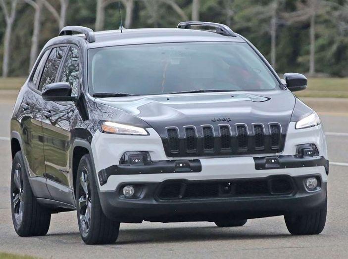 Jeep Cherokee restyling 2018: informazioni e gamma motori - Foto 19 di 21
