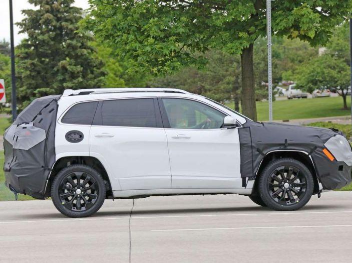 Jeep Cherokee restyling 2018: informazioni e gamma motori - Foto 6 di 21