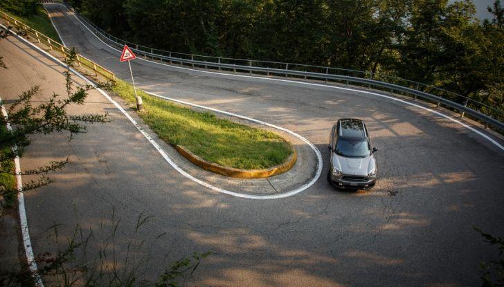 Prova su strada Mini Cooper S E Countryman All4, a voi l'ibrida Plug-In - Foto 35 di 35
