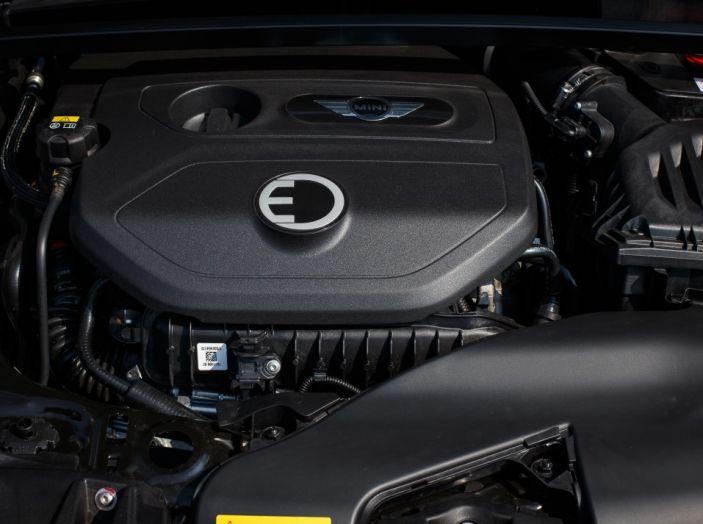 Prova su strada Mini Cooper S E Countryman All4, a voi l'ibrida Plug-In - Foto 9 di 35