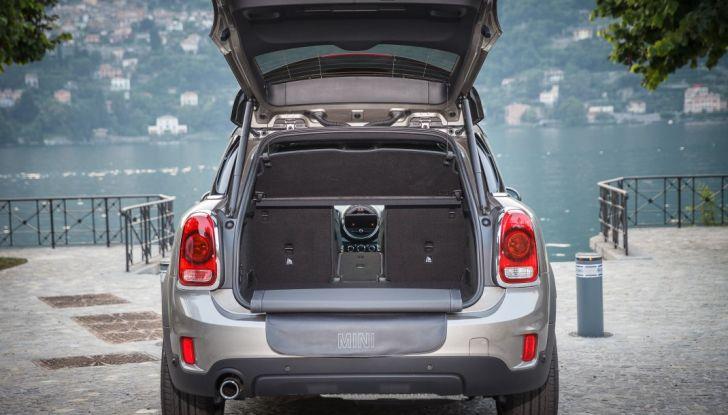 Prova su strada Mini Cooper S E Countryman All4, a voi l'ibrida Plug-In - Foto 10 di 35