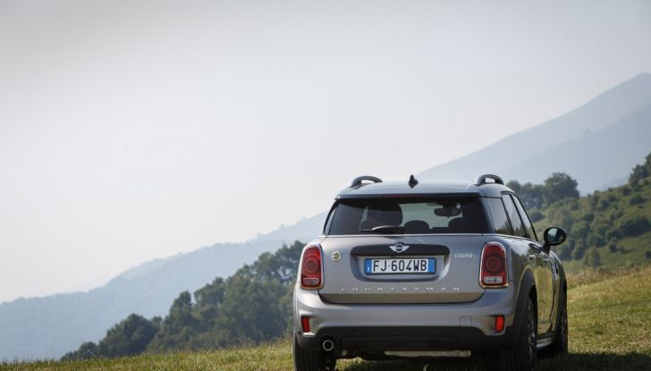 Prova su strada Mini Cooper S E Countryman All4, a voi l'ibrida Plug-In - Foto 15 di 35