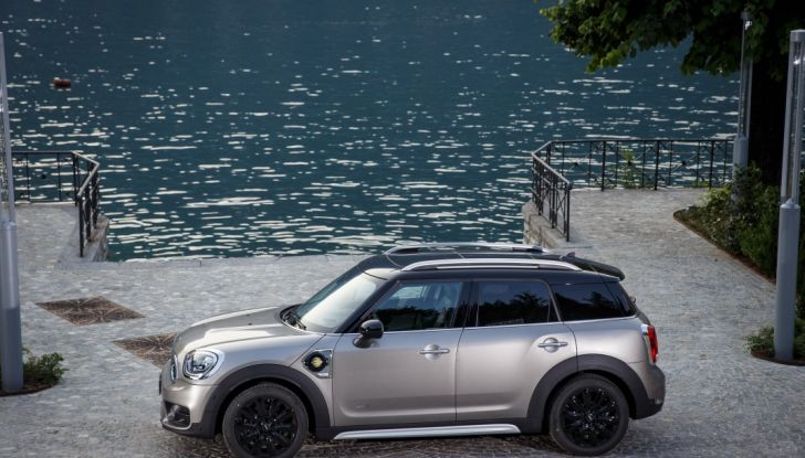 Prova su strada Mini Cooper S E Countryman All4, a voi l'ibrida Plug-In - Foto 16 di 35