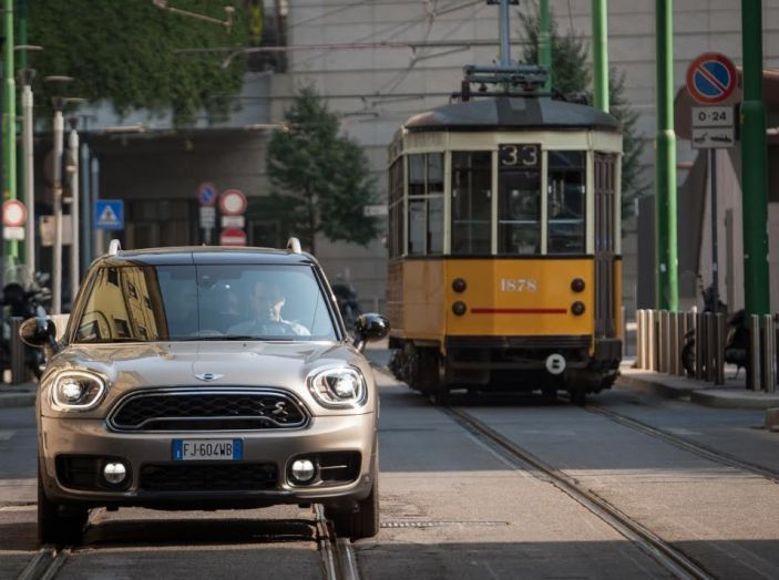 Prova su strada Mini Cooper S E Countryman All4, a voi l'ibrida Plug-In - Foto 1 di 35