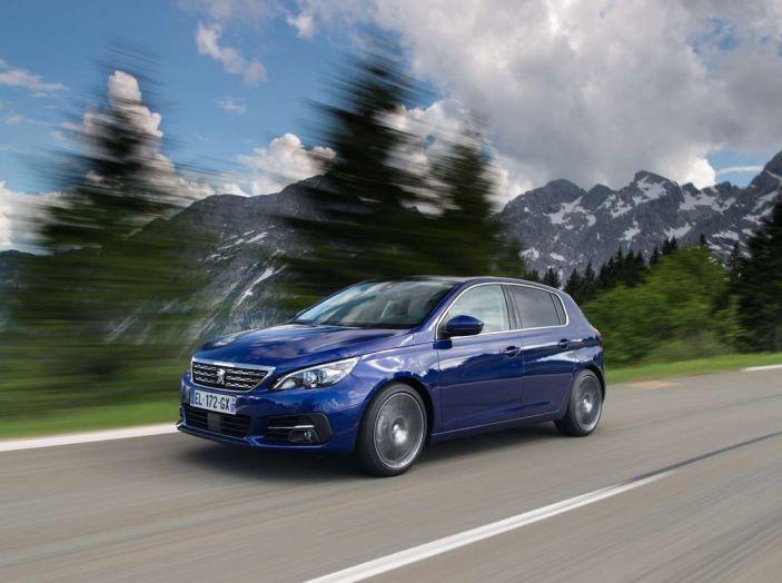 Nuova Peugeot 308: test su strada, sistemi di sicurezza, guida assistita e motorizzazioni ecologiche - Foto 10 di 20