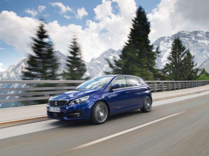 Nuova Peugeot 308: test su strada, sistemi di sicurezza, guida assistita e motorizzazioni ecologiche - Foto 14 di 20