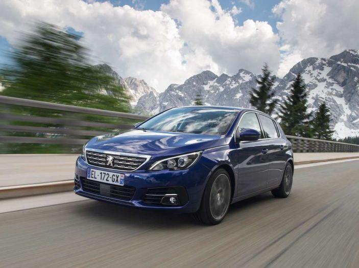Nuova Peugeot 308: test su strada, sistemi di sicurezza, guida assistita e motorizzazioni ecologiche - Foto 4 di 20