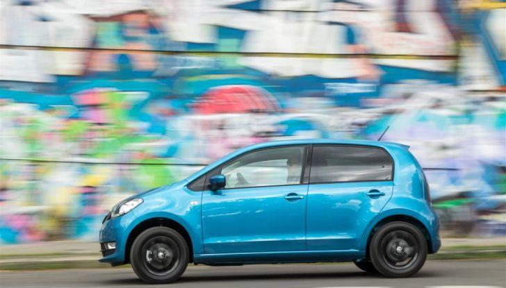 Skoda Vision iV: a Ginevra arriva l'auto elettrica del futuro - Foto 15 di 22